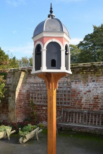 Bespoke Dovecotes - Hand crafted by skilled carpenters.